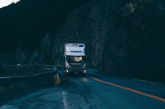 Voorruit vrachtwagen vervangen